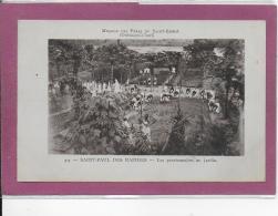 MISSION DES PERES DU SAINT-ESPRIT ( Oubangui Chari ) SAINT-PAUL DES RAPIDES - Les Pensionnaires Au Jardin - Cartes Postales