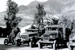Camions Militaires NEGATIF Des Années 60 En Algérie VOIR DESCRIPTION - Guerre, Militaire