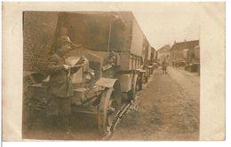 CARTE PHOTO ORIGINALE  CAMIONS TRANSPORTS De TROUPES - Véhicules Et Lieu à Identier - Période 14-18 -  VOIR SCANS - Vehicles