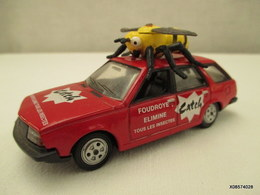 Voiture Miniature 1/43 Em NOREV RENAULT 18  Caravane Du Tour De France Peinture D Origine Rouge Catch Tb Etat - Toy Memorabilia