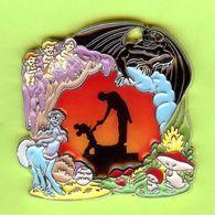 Gros Pin's BD Disney Fantasia Mickey Et Le Chef D'Orchestre (Chernabog Champignon Etc) RARE - 3K15 - Disney