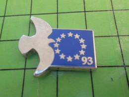712b Pin's Pins / Beau Et Rare : Thème ANIMAUX / PIGEON COLOMBE DRAPEAU EUROPEEN 93 Seulement 12 Pays C'est Assez !!! - Animals