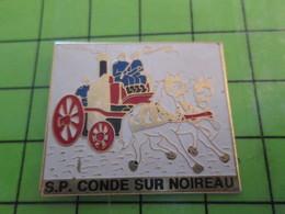 713a Pin's Pins / Beau Et Rare : Thème POMPIERS / SAPEURS POMPIERS DE CONDE SUR NOIREAU CALVADOS - Firemen
