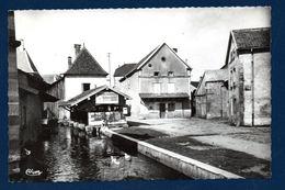 70. Mélisey. Un Coin Pittoresque. Le Lavoir. Pub Fabrique De Meubles Alfred Cerf, Belfort. 1958 - Autres Communes