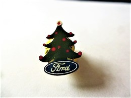 PINS  AUTOMOBILE  FORD  SAPIN DE NOËL / 33NAT - Ford