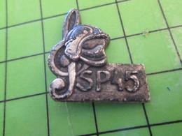 713c Pin's Pins / Beau Et Rare : Thème POMPIERS / SAPEURS-POMPIERS 45 LOIRET CLE DE SOL MUSIQUE FANFARE - Brandweerman