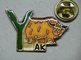 """Pin's - Animaux Vache Taureau De L'HIMALAYA - Lettre """"Y"""" Comme Le YAK YACK - Animals"""