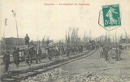 D-18-869 : GOUVILLE. LE CHANTIER DU TRAMWAY. CHEMIN DE FER ECONOMIQUE. TRAIN. - Non Classés