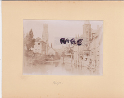 LOT DE 2 PHOTOS ANCIENNES,1880,BELGIQUE,FLAMANDE,BRUGES,BRUGGE,RARE,SUR LE MEME CARTON,RECTO VERSO - Places