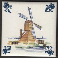Netherlands / KLM Business Class / Delft Polychrome / Porselein Tegel / Porcelain Tile / A 9 - Drainingmill - Delft (NLD)