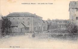 METIER - INDUSTRIE - 55 VADONVILLE Une Partie Des FORGES - CPA Village ( 270 H ) Meuse - Industrie Usine Entreprise - Industrial