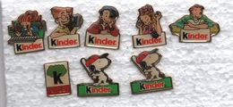 Kinder Au Dos Caroline Lisfranc (personnages Du Haut)...pin's Kinder - Food