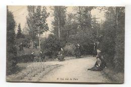 Hoogstraten - Pensionnat Des Ursulines - Une Vue Du Parc, Belle Animation - Old Belgium Postcard - Hoogstraten