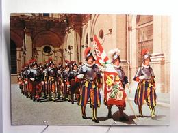 Citta Del Vaticano - Gardes Suisses En Tenue De Gala - Vatican