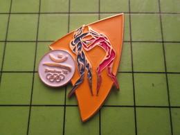 718a Pin's Pins / Beau Et Rare : Thème JEUX OLYMPIQUES / SERIE RARE ET PEU VUE BARCELONE 1992 LUTTE - Olympic Games