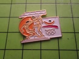 718a Pin's Pins / Beau Et Rare : Thème JEUX OLYMPIQUES / SERIE RARE ET PEU VUE BARCELONE 1992 BOXE A OILPé - Olympic Games