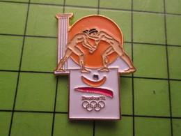 718a Pin's Pins / Beau Et Rare : Thème JEUX OLYMPIQUES / SERIE RARE ET PEU VUE BARCELONE 1992 LUTTE A OILPé - Olympic Games