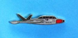 1 PIN'S //   ** AÉRONAVALE / FOUGA CM.170 MAGISTER / AVION ÉCOLE / MARINE NATIONALE FRANÇAISE ** . (G.F Groupe FIA) - Avions
