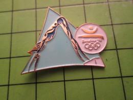 718b Pin's Pins / Beau Et Rare : Thème JEUX OLYMPIQUES / SERIE RARE ET PEU VUE BARCELONE 1992 PLONGEON ? - Olympic Games
