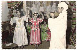 AFRIQUE DU NORD ALGERIE BOU SAADA : La Cité Du Bonheur Le Salon Des Danses Ouled Nails - N° 111 - Circulé TIZI OUZOU - Argelia