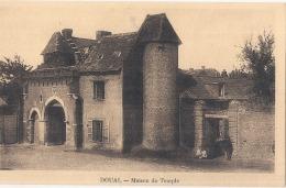 ***   69 ***  DOUAI  Maison Du Temple -  Neuve Excellent état - Douai