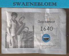 Suikerzakje.- 1 X Sachet De Sucre. 't Suyckervat 1640 Biologische Rietsuiker. Café Restaurant Merz Dordrecht. - Sugars