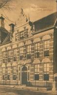 Groningen; Huis Ossenmarkt (Oud Groningen) - Niet Gelopen. (L. R. V.) - Groningen