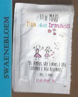 Suikerzakje.- 1 X Sachet De Sucre. Portugal Delta Cafés Dia Dos Irmaos. IRIS, 5 ANOS - Sugars