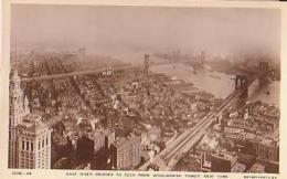 USA        304        NEW YORK.East River Bridges And Seen From Woolworth Tower - Ponts & Tunnels