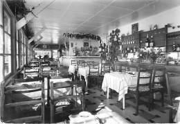 06  -ANTIBES ( JUAN LES PINS ) Restaurant BIJOU PLAGE ( Front De Mer ) Jolie CPSM Dentelée Noir Blanc GF Alpes Maritimes - Antibes