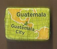 Suikerklontje.- Suiker Klontje. Sucre Enveloppe. SAINT LOUIS. GUATEMALA CITY. Arabica. 9e Producteur Mondial De Cafe - Sugars