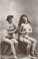 2 NAKED SLAVE MODELS UNUSED POSTCARD FRENCH DUPRET COLLECTION S2 - Pin-Ups