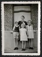 Photo Ancien / Foto / Photograph / Photo Size: 6 X 8.90 Cm. / Famille / Family / Haubourdin / Stambruges / 1943 - Personnes Identifiées