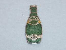 Pin's BOUTEILLE DE PERRIER - Beverages