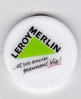 Jeton De Caddie En Plastique - Leroy-Merlin - Et Vos Envies Prennent Vie - Grande Surface De Bricolage - Petit Logo - Trolley Token/Shopping Trolley Chip