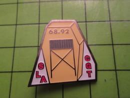 718b Pin's Pins / Beau Et Rare : Thème ASSOCIATION / CGT SYNDICAT COMMUNISTE CERCUEIL 68 92 SLA - Associations