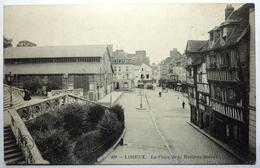 LA PLACE DE LA HALLE AU BEURRE - LISIEUX - Lisieux