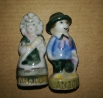 ANJOU - COUPLE HOMME FEMME 1992 - FEVES BRILLANTES - Regions