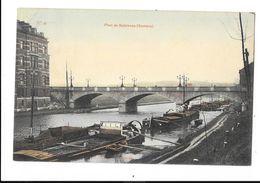 Salzinnes (Pr.N.)  ( M 4073 ) Des Vieux Bateau Et Le Pont Sur La Sambre - Namen