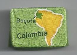 Suikerklontje.- Suiker Klontje Sucre Enveloppe. SAINT LOUIS BOGOTA COLOMBIE Arabica. 2e Producteur Mondial De Cafe - Sugars