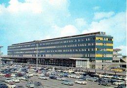 Aeroport De Paris Orly La Facade Nord De L'aerogare Et Le Parking Depart 1965  CPM Ou CPSM - Orly
