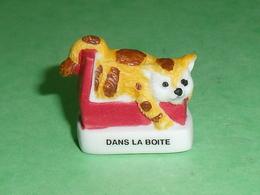 """Fèves / Animaux / Chats : Chat Dans La Boite  """" Mat """"     T94 - Tiere"""
