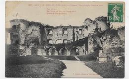 COUCY LE CHATEAU - N° 5271 - CHATEAU - TOUR D' ANGLE OUEST ET NORD - CPA VOYAGEE - France