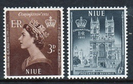 Niue Set Of Stamps Issued To Celebrate The 1953 Coronation. - Niue