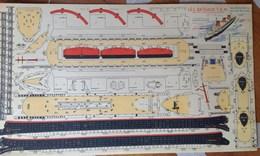 Découpage - Marine - Paquebot Normandie - Bateaux T.E.M. - Modèle Terminé  Flottant Sur L'eau - Réduction Au 1/700è - Vieux Papiers