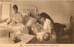 Ass. Infirmières Visiteuses 35 Rue Caroly : Educatrice De La Jeune Mère - Santé