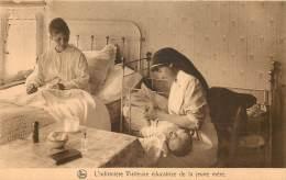 Ass. Infirmières Visiteuses 35 Rue Caroly : Educatrice De La Jeune Mère - Salud