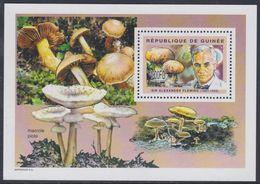 Guinée BF N° 278 XX Flore : Champignons Et Personnalité Médecine : Alexander Fleming, Le Bloc Sans Charnière, TB - Guinea (1958-...)