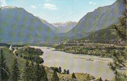 Canada > British Columbia > Canyon Grandeur Fraser River, Used - British Columbia