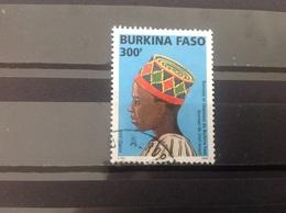 Burkina Faso - Traditionele Hoofddeksels (300) 2005 - Burkina Faso (1984-...)